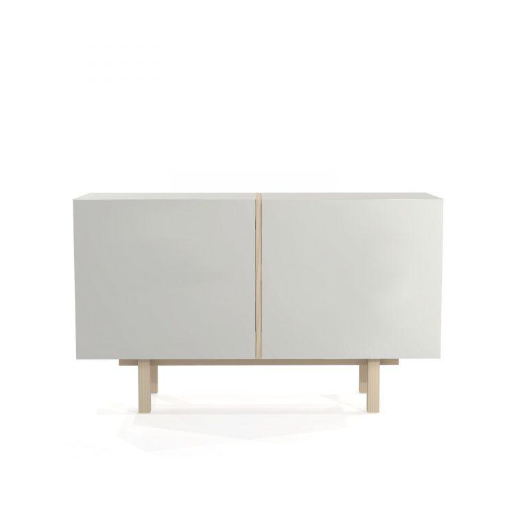 Skandynawska, nowoczesna, minimalistyczna, biała Komoda z drzwiczkami, drewniana podstawa. Polski projekt i produkt. VERYSIMPL. Także na wymiar - Rzeszów.